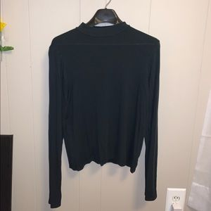 Cropped Ribbed Low Turtleneck Top
